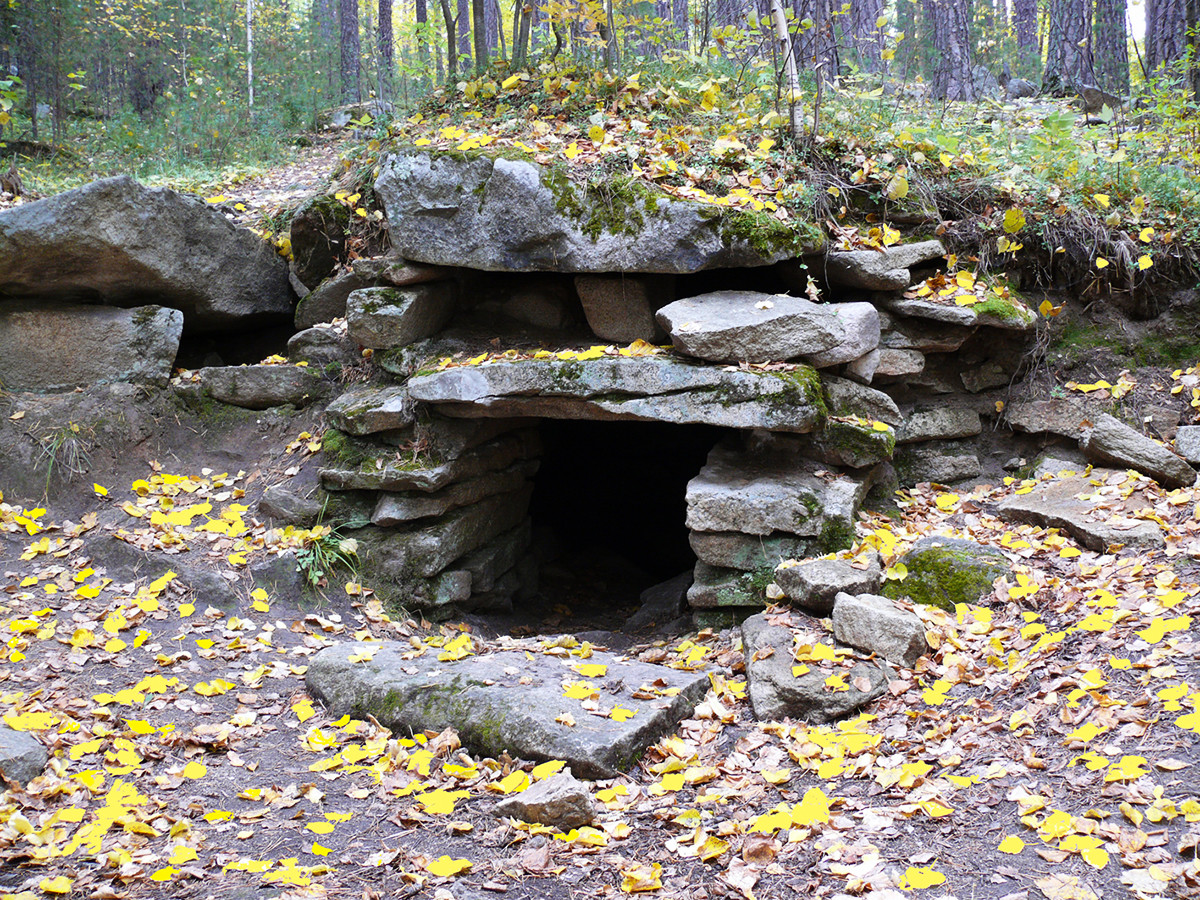 The entrance to the main megalithic shrine complex on Vera island