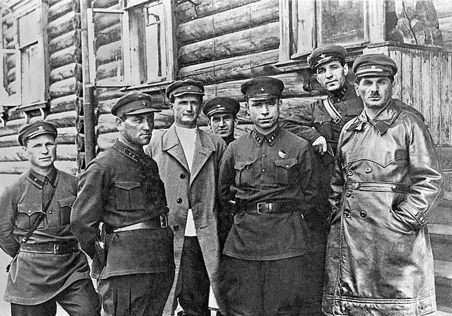 Раководителите на изградбата на Беломорско-балтичкиот канал, оддесно налево: Френкељ, Берман и Афанасјев.