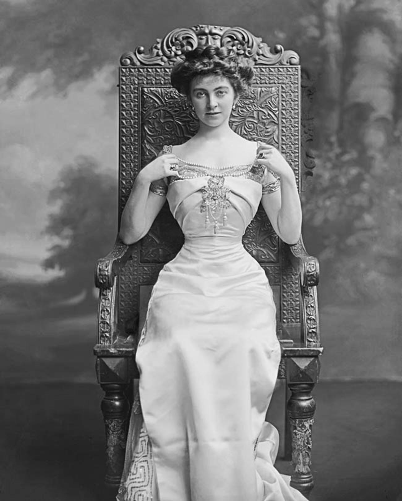 Constance Edwina Cornwallis-West.