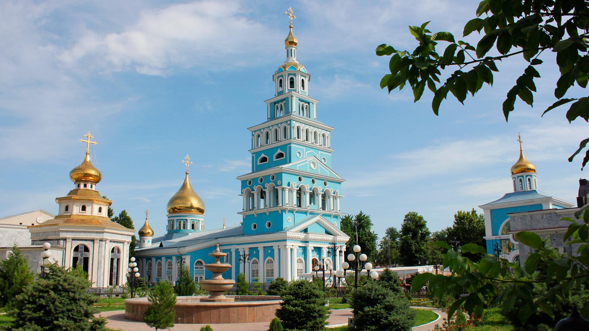 Катедрални храм Успења Пресвете Богородице у Ташкенту.