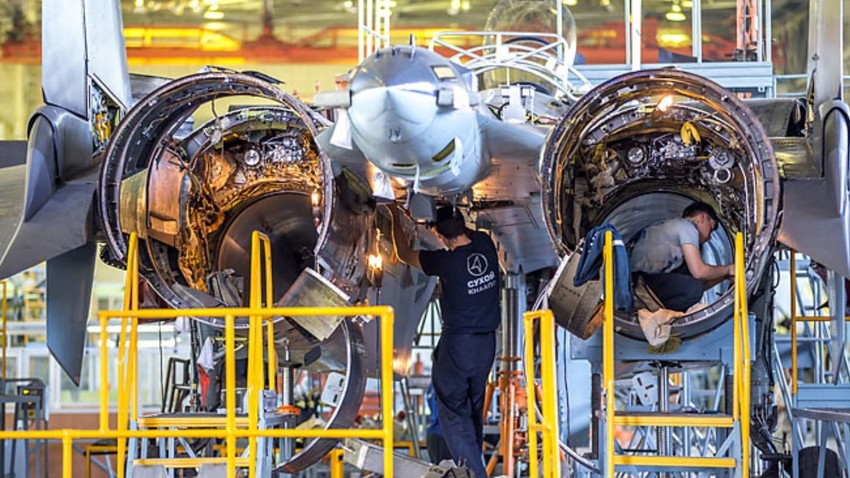 El Su-35 en la fábrica de aviones de Komsomolsk-del-Amur