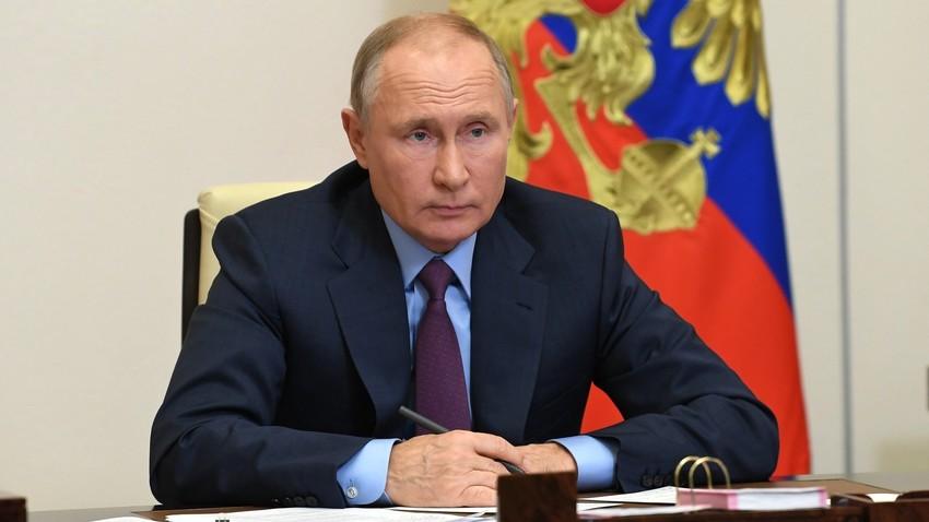 Putin na zasedanju predsedniškega sveta za civilno družbo in človekove pravice