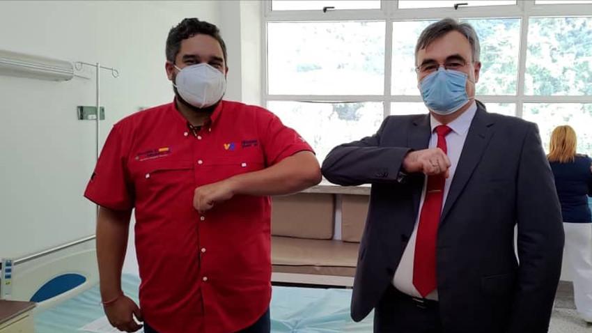 Nicolás Maduro Guerra y el embajador ruso en Venezuela, Serguéi Mélik-Bagdasárov.