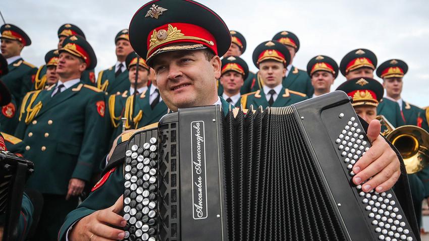 Conjunto del Ejército Rojo de Alexandrov