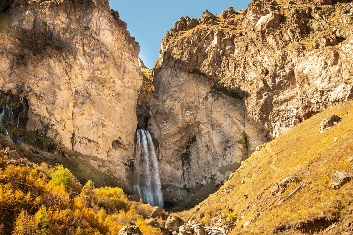 У планинама Северног Кавказа. Природа Џили-Су.