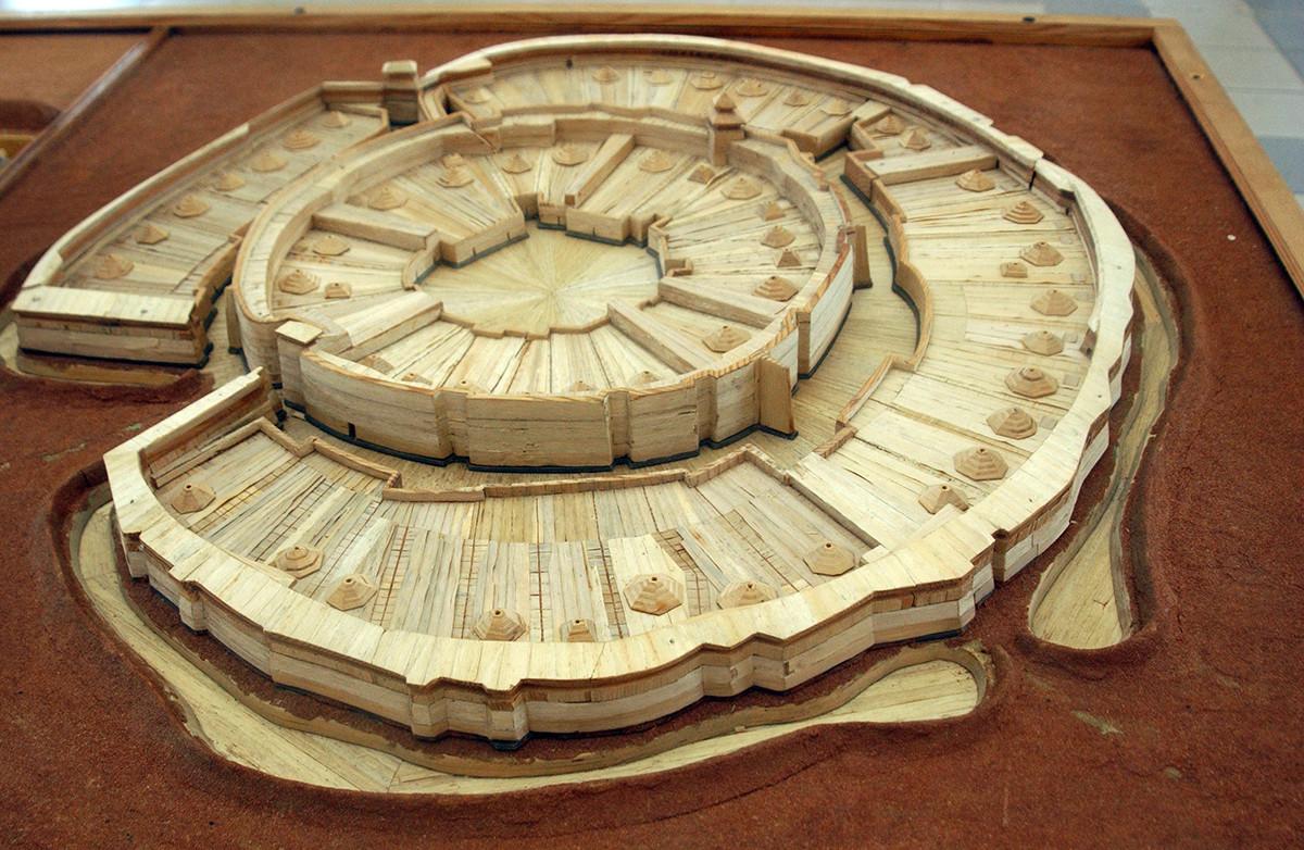 Die Stadt Arkaim, ein rekonstruiertes Modell