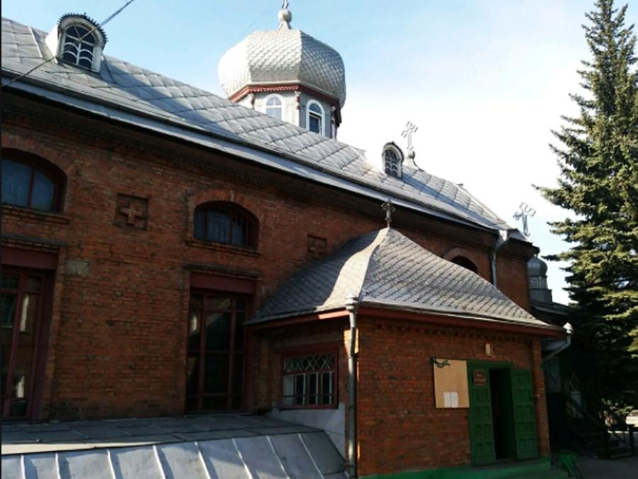 Cerkev svetega nadangela Mihaela v Novokuznecku, zgrajena leta 1975