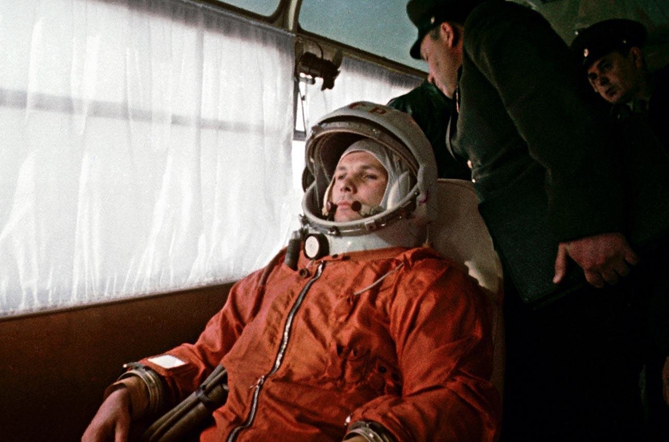 Le cosmonaute Iouri Gagarine au cosmodrome de Baïkonour le 12 avril 1961
