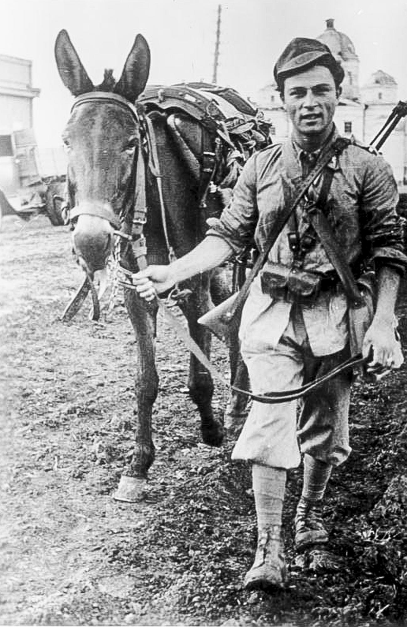 Un soldat italien près de Kharkov