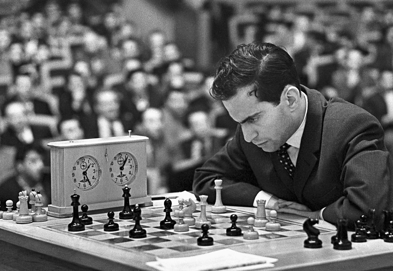Tal played in 21 Soviet Championships, winning six times.
