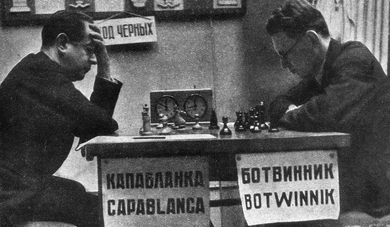 Botvinnik face à José Raúl Capablanca, 1935.