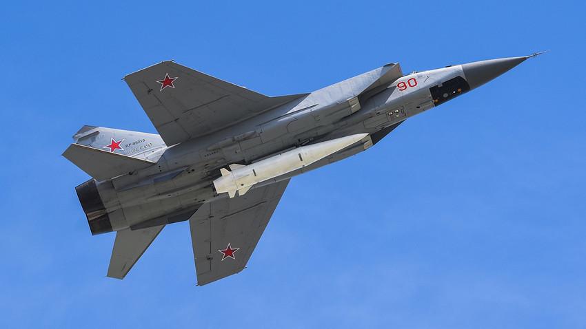 El caza supersónico MiG-31BM