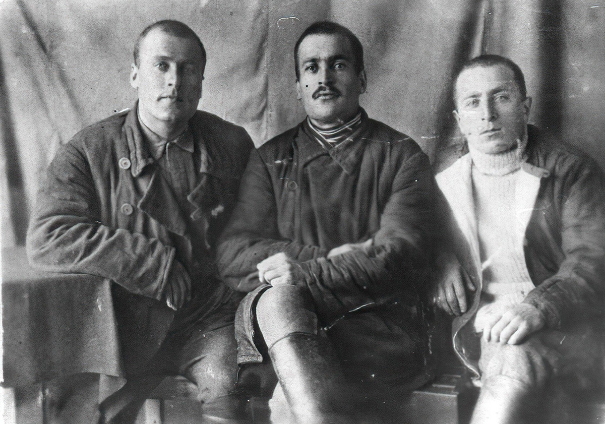 コルィマの強制収容所の囚人たち、1938−39年