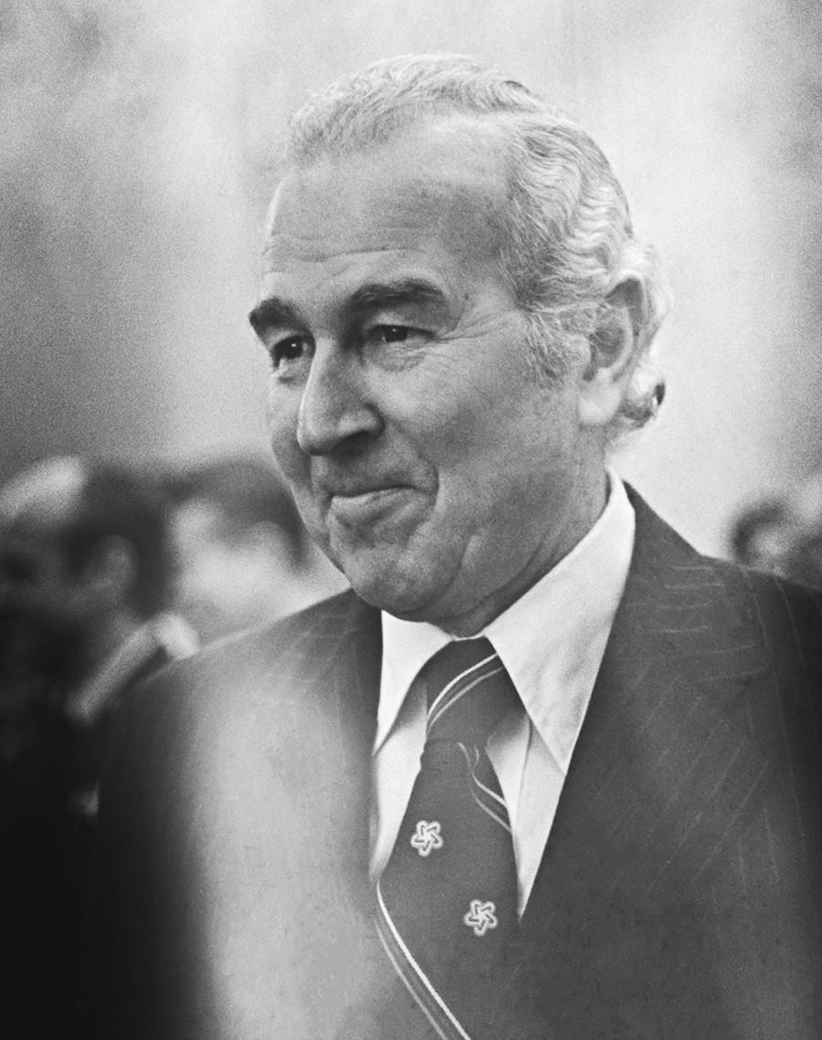 СССР. 18 януари 1977 г. СССР. 18 януари 1977 г. Извънреден и пълномощен посланик на Съединените американски щати Малкълм Тун.