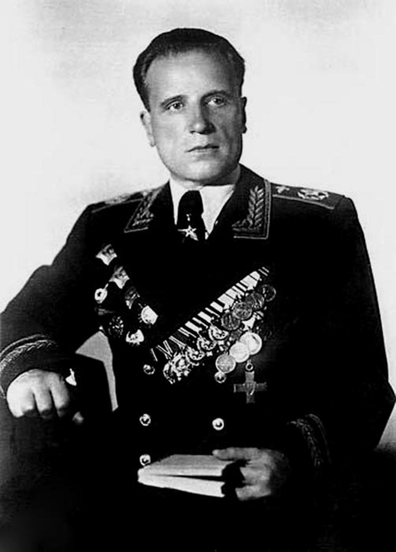 Alexander Golovanov.