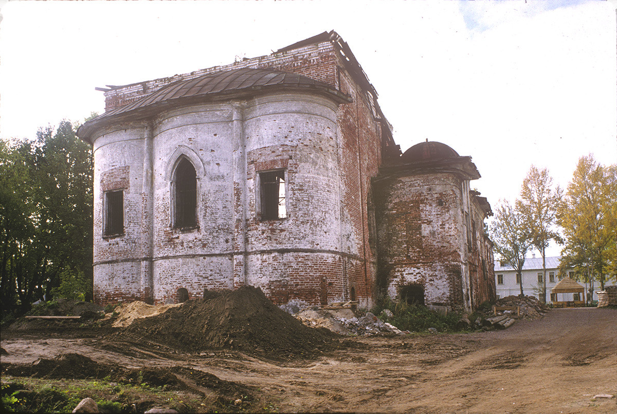 Ruins of Church of the Elevation of the Cross, East view. October 3, 1992