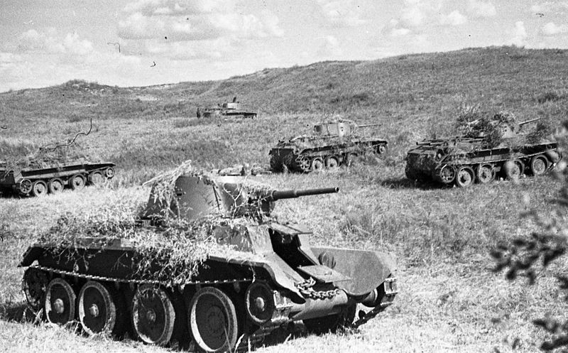 T-26 en Jaljín Gol.