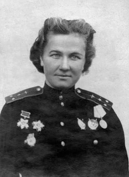 Nadiezhda Vasílievna Popova en 1944.