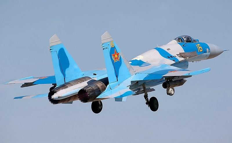 Su-27 de la Fuerza Aérea de Kazajistán