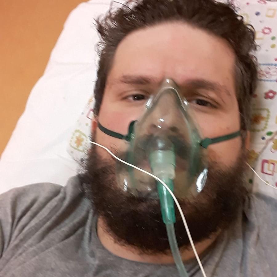 Giovanni Savino dal letto dell'ospedale di Mosca dove è stato ricoverato per covid-19