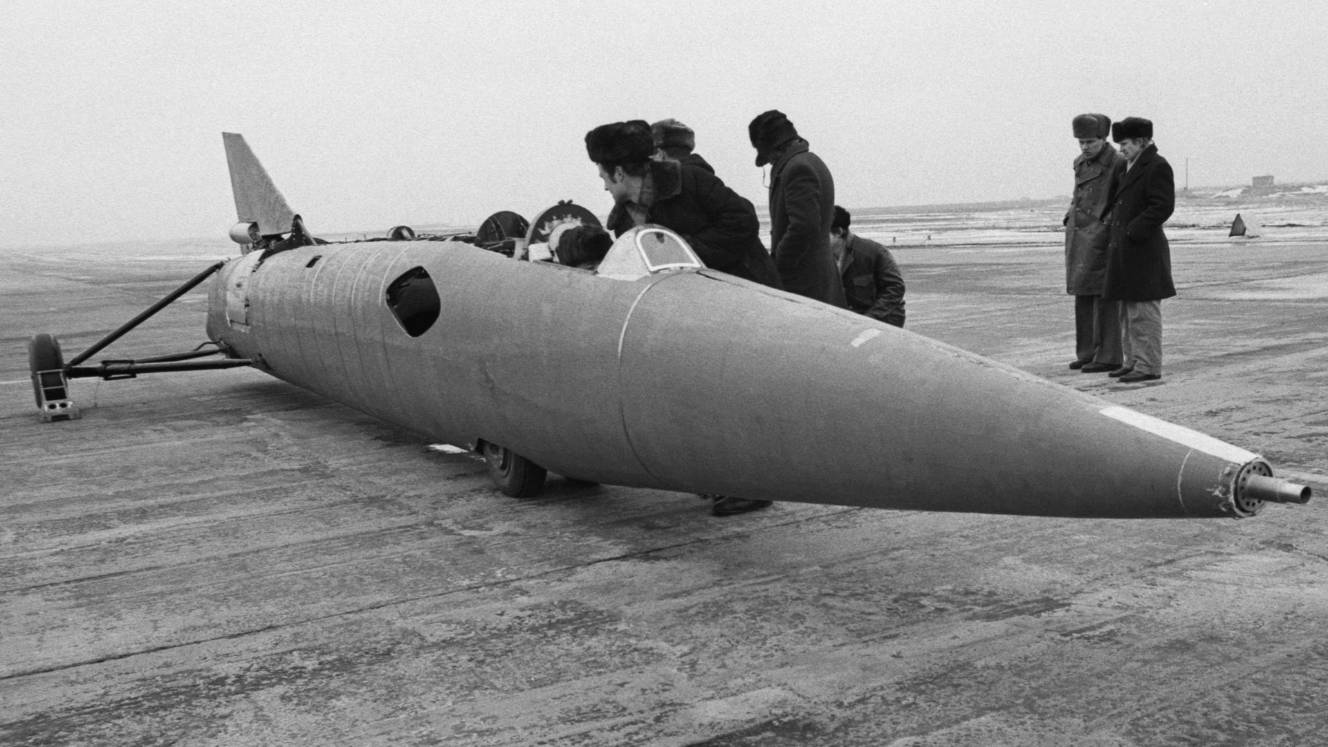 Sovjetski turboreaktivni avtomobil HADI-9