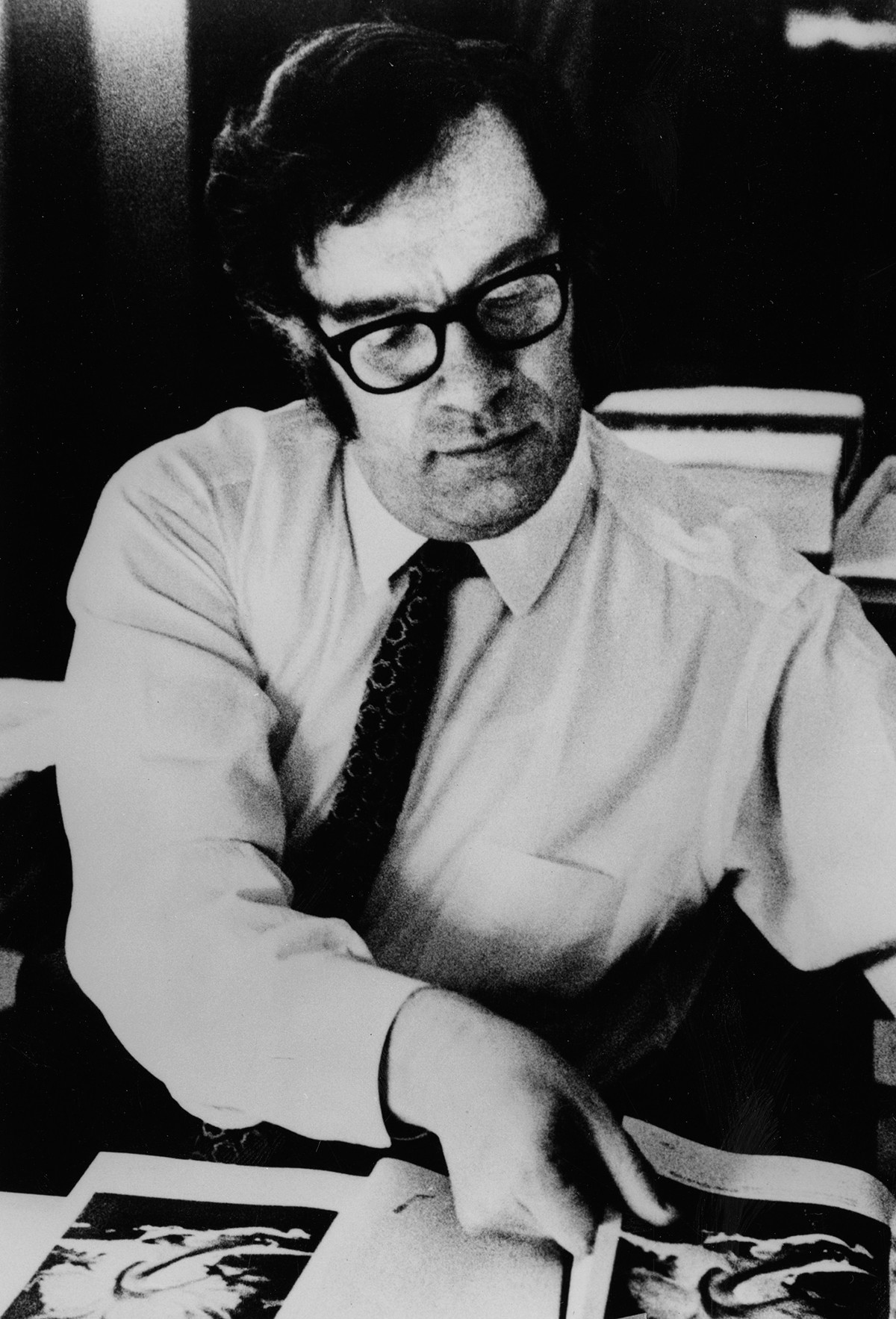 Isaac Asimov, tvorac tri zakona robotike.