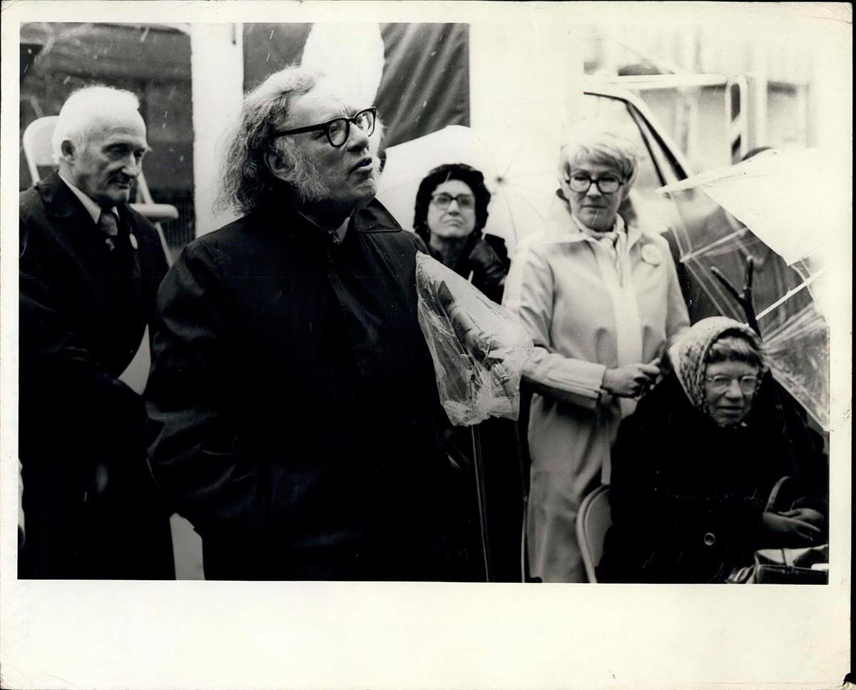 Asimov je s naklonošću govorio o kulturnoj odjugi Hruščevljeve ere.