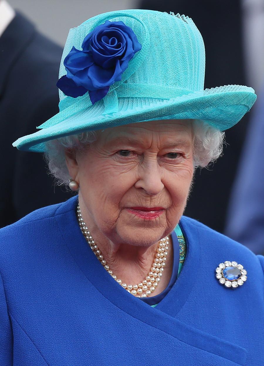 Ratu Elizabeth II saat di Berlin,  Juni 2015.