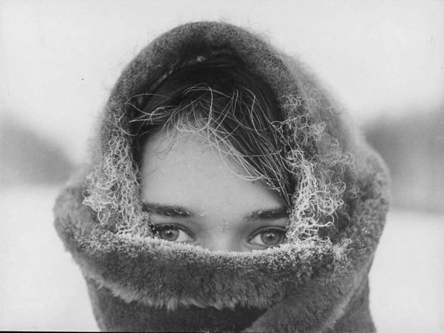 冬の少女のポートレート、1967年