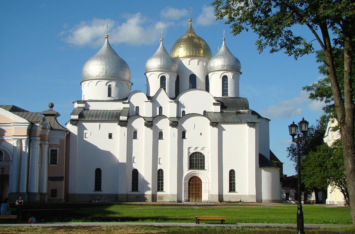 Sophienkathedrale in Weliki Nowgorod, 11. Jahrhundert, eine der ältesten erhaltenen Kirchen in Russland
