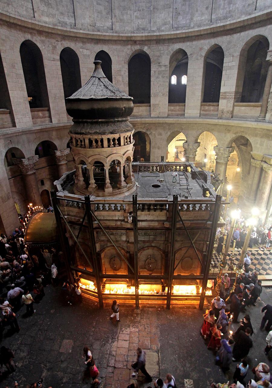 Heilig-Grab-Ädikula in der Grabeskirche in Jerusalem