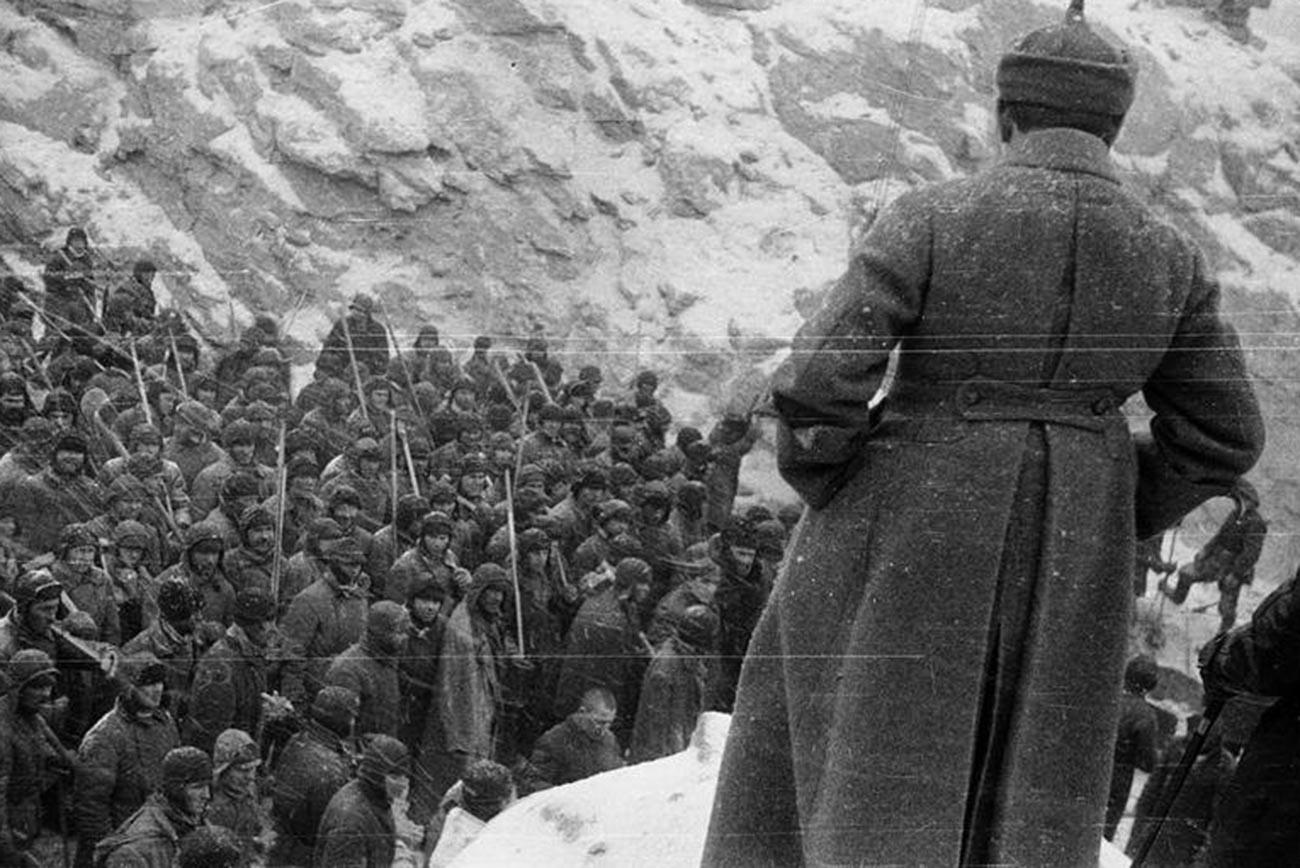 Заключенные на строительстве Беломорско-Балтийского канала