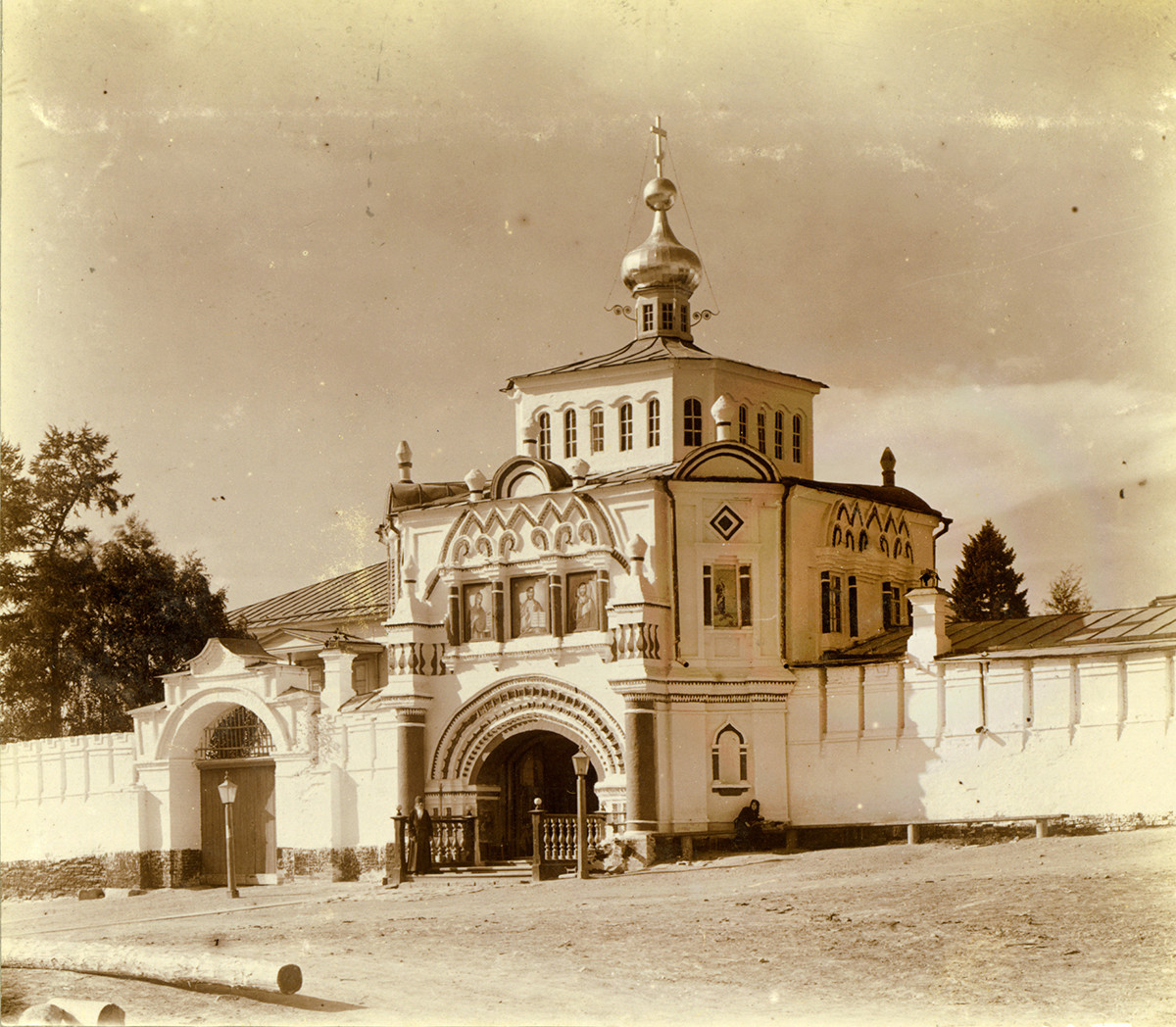 Church of Sts. Simeon & Anna over Holy Gate, southeast view. Summer 1909.