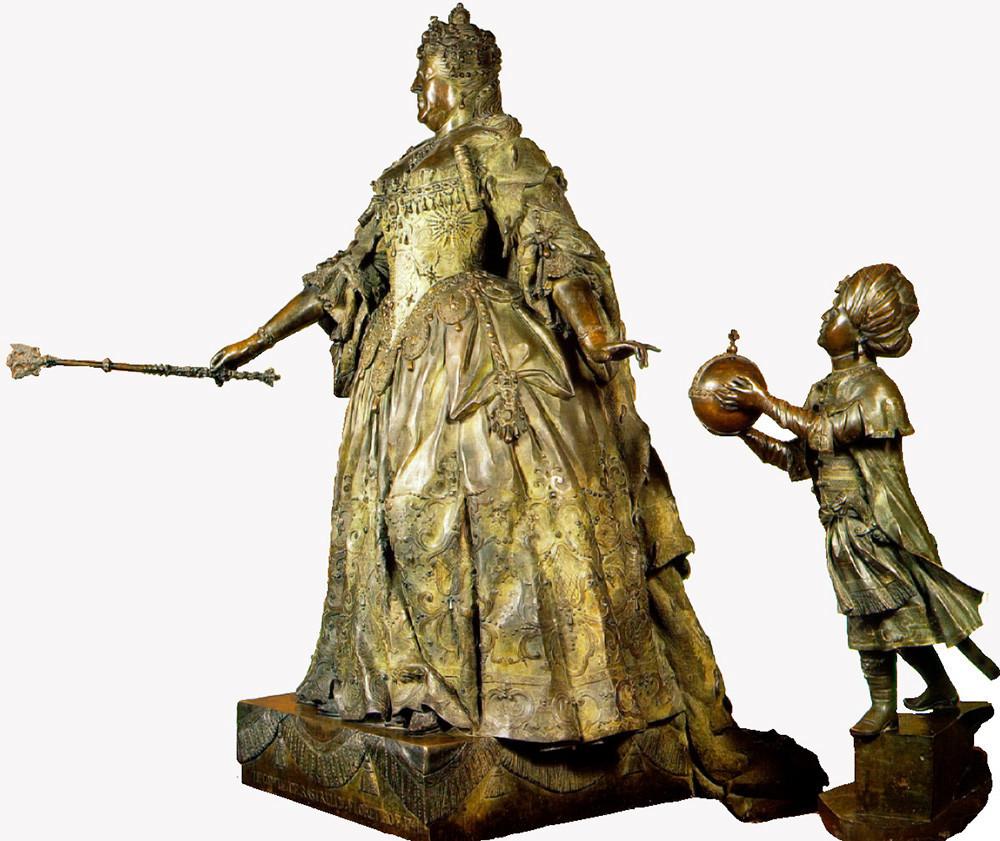 Patung perunggu berujudul 'Anna Ioannovna Bersama Bocah Moor',1741, karya Carlo Bartolomeo Rastrelli.