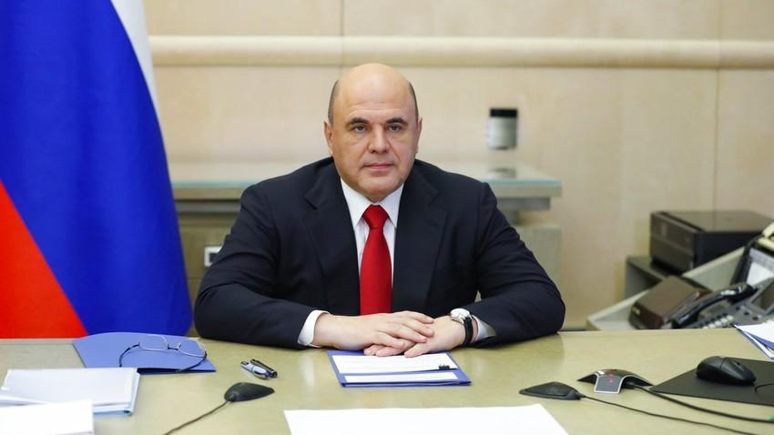 Ruski premier Mišustin na sestanku vladnega koordinacijskega sveta za boj proti novemu koronavirusu