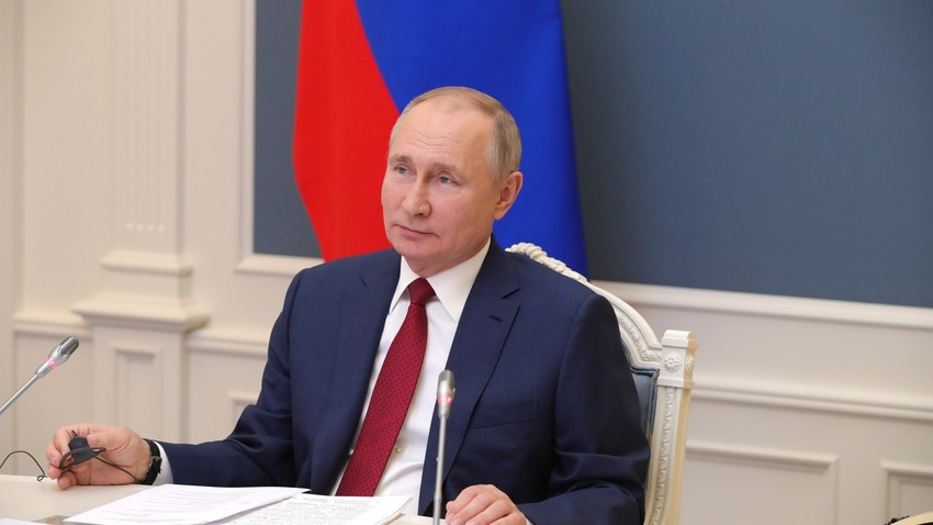 Vladimir Putin na Svetovnem gospodarskem forumu v Davosu.