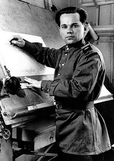 Mijaíl Kaláshnikov en 1944
