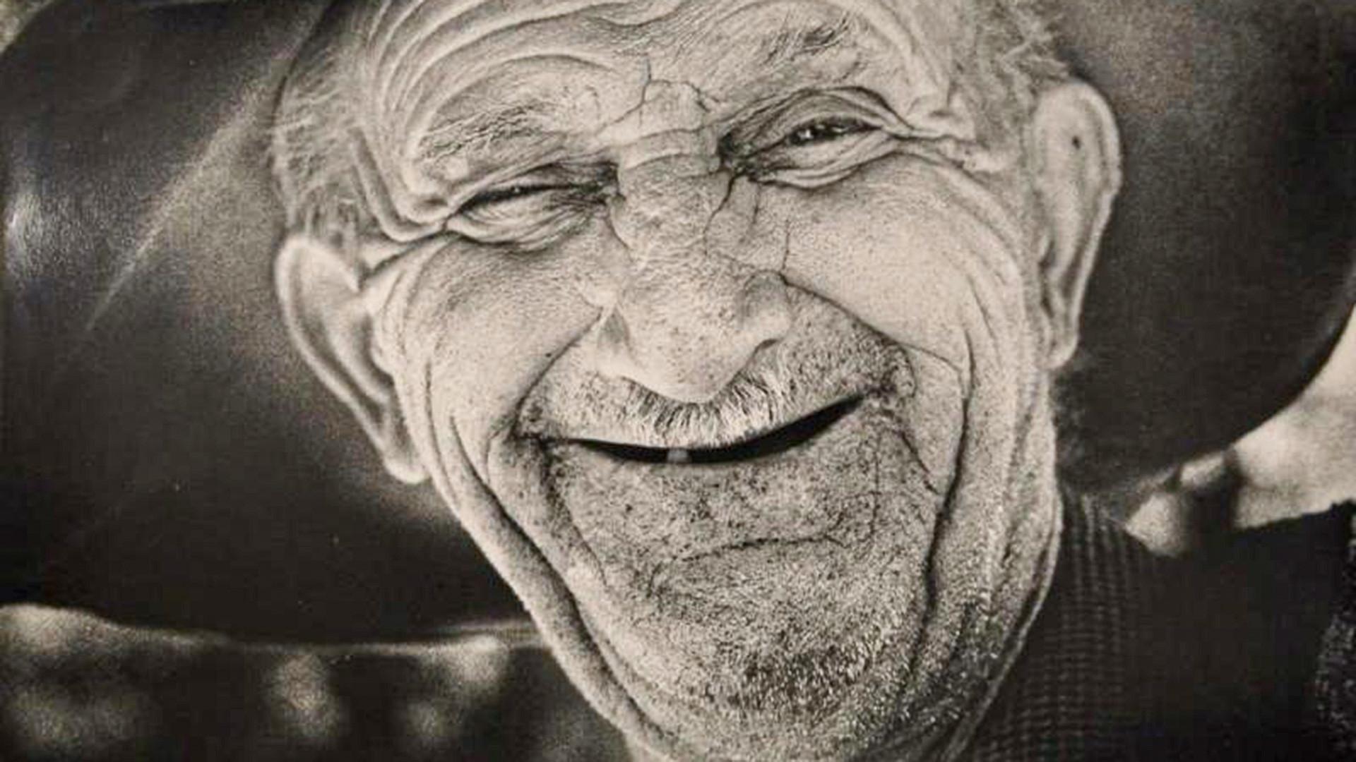Портрет на засмян дядо, 1970-те