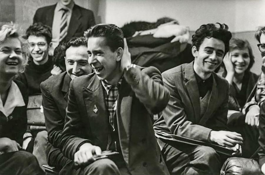Miembros del Komsomol, organización juvenil comunista, años 60