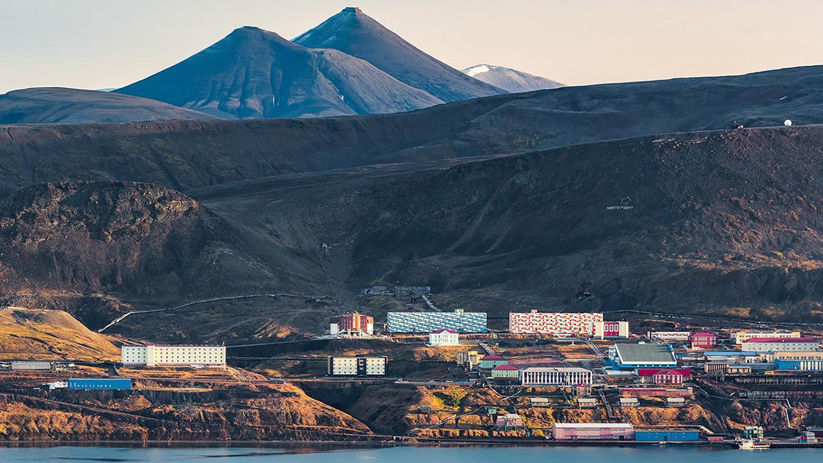 Dura vida en el Ártico, así son los asentamientos rusos de Barentsburg y Pyramiden