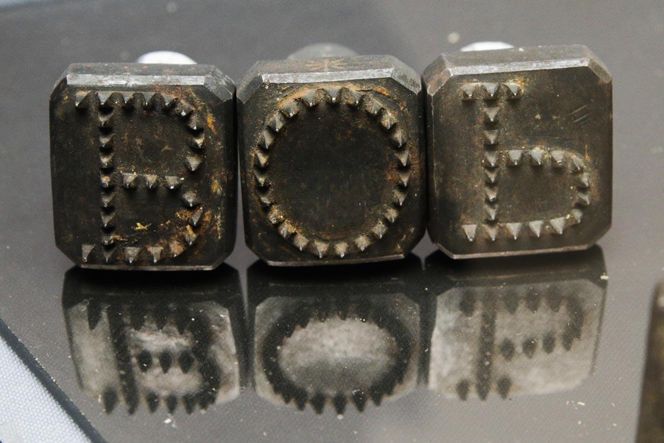 La herramienta utilizada para la marcación humana, a principios del siglo XIX