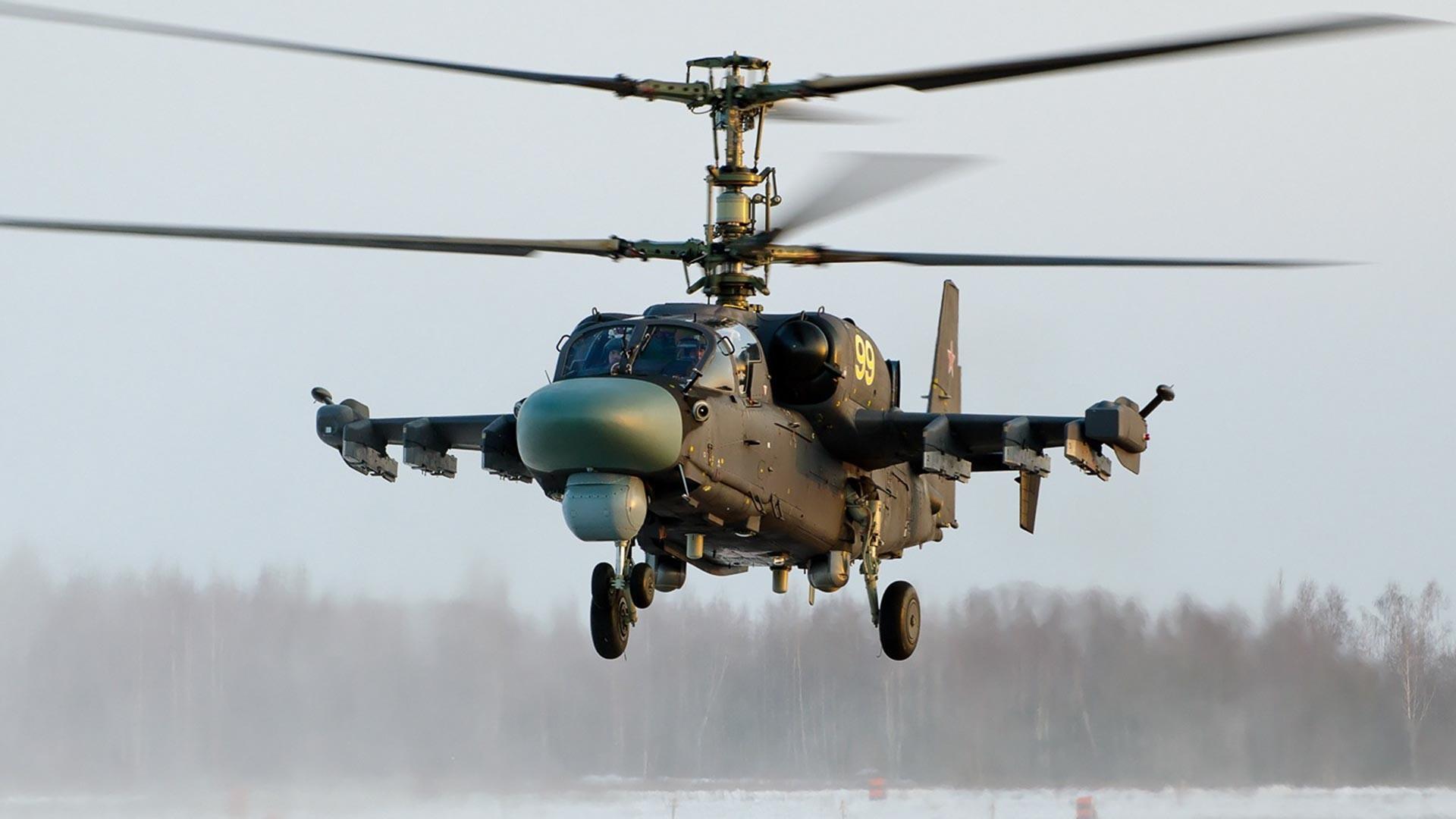 Сериски Ка-52 во воздухопловната база Торжок.