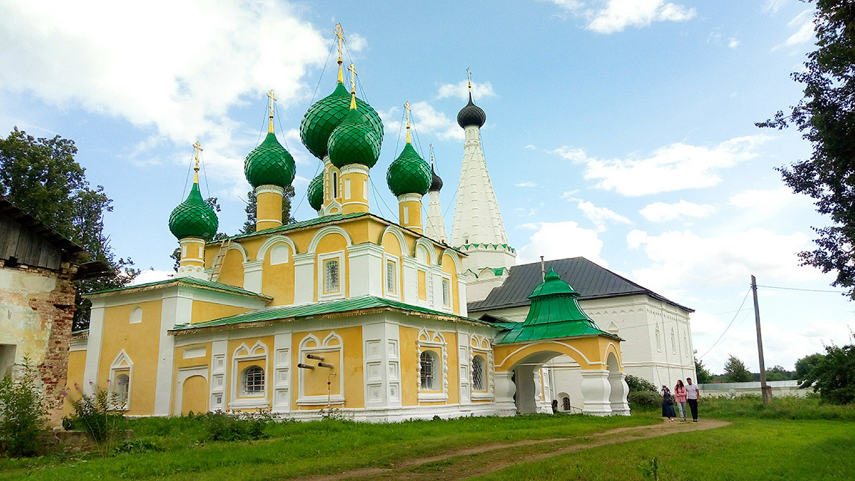 Gereja Kelahiran Yohanes Pembaptis di Uglich, dari abad ke-17.