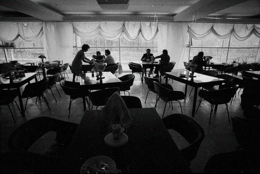 ソビエトのカフェ