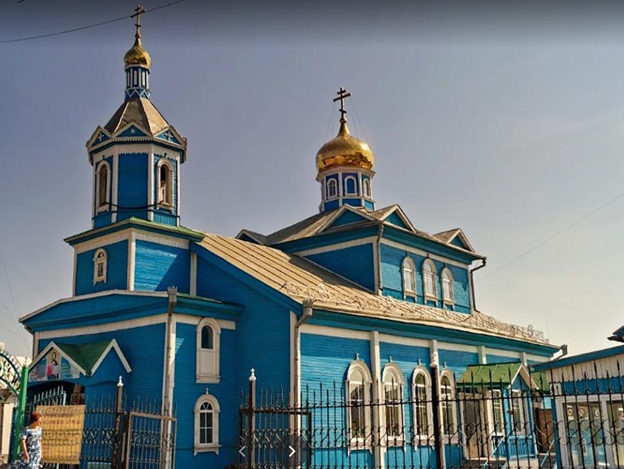 Kirche Christi Himmelfahrt in Belowo, Region Kemerowo, wiederaufgebaut 1974 bis 1976 aus einem kleinen Bethaus