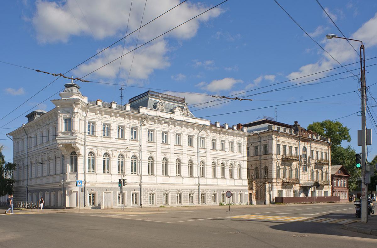 Tretyakov apt. buildings, Simanovsky Street 24 & 26A. August 12, 2017