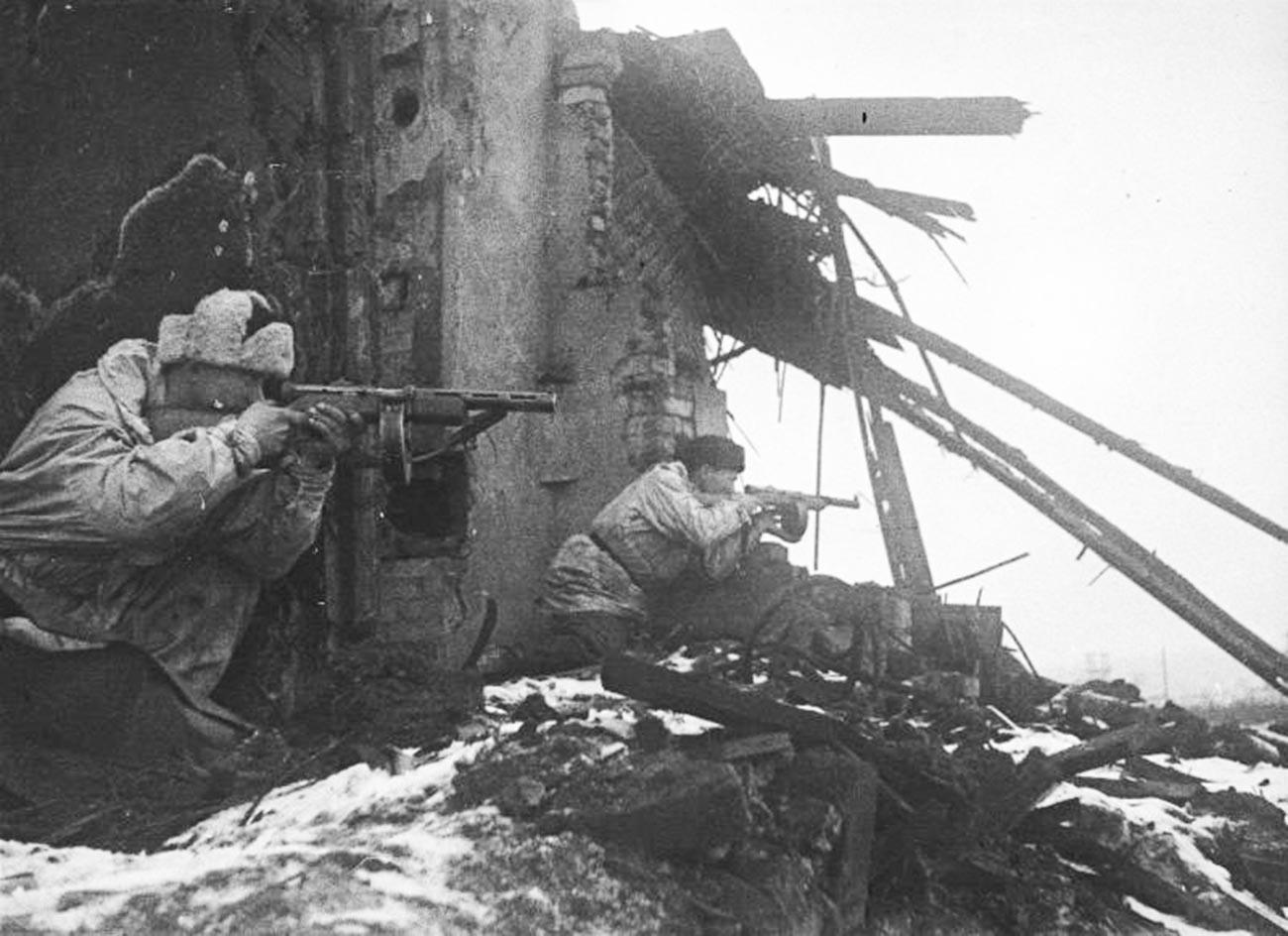 Бои за Ленинград.