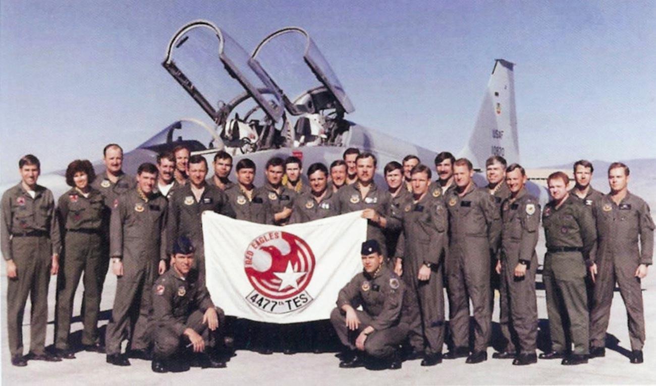 Las Águilas Rojas a finales de los 80.