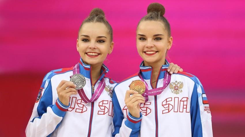 Arina e Dina Averina