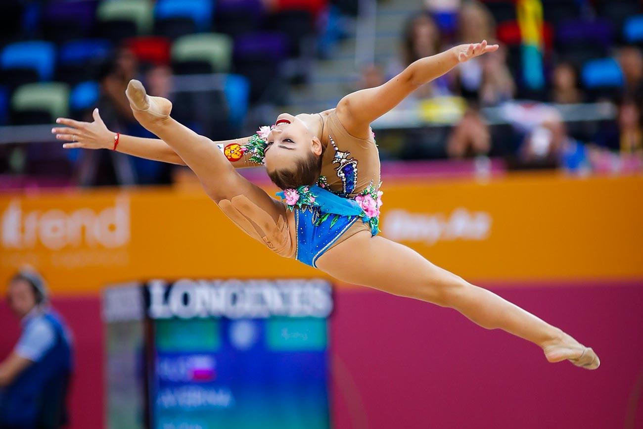 Арина Аверинана втория ден от квалификациите; 37-мо Световно първенство по художествена гимнастика в Азербайджан.
